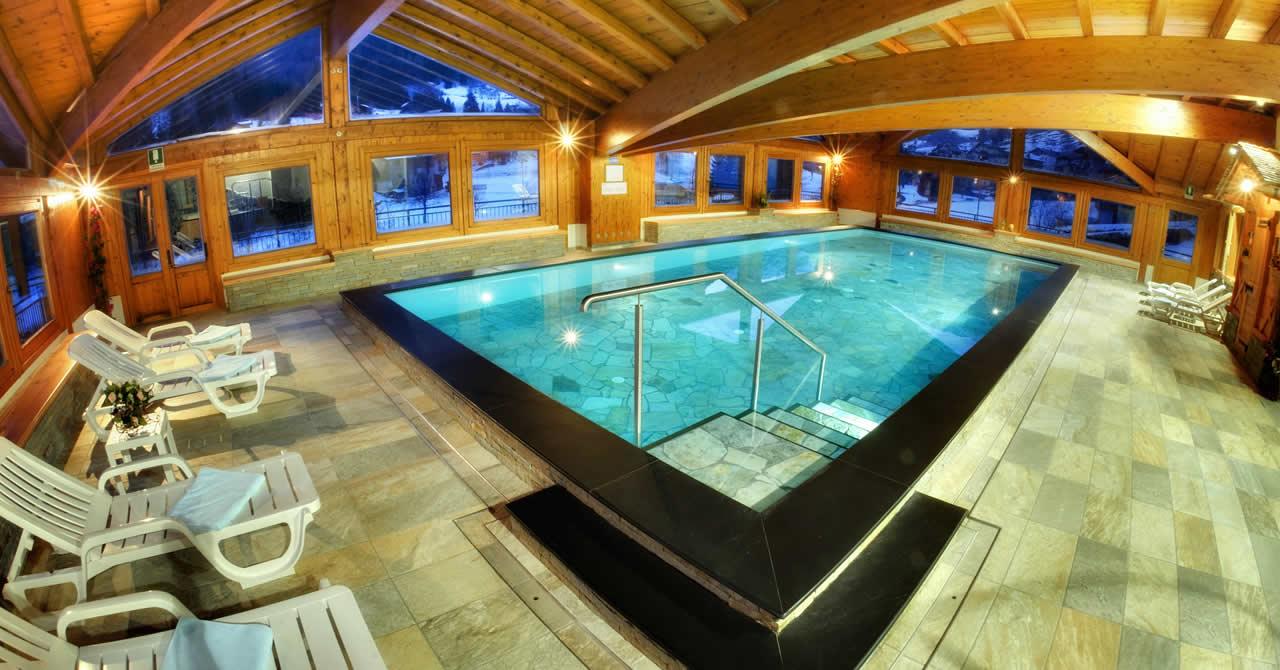 Hotel con piscina in val di rabbi nel trentino nel parco nazionale dello stelvio hotel - Hotel a pejo con piscina ...